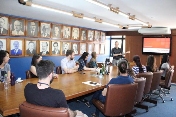 Daniel Campos palestra na ACI – Assunto foi Educação Financeira